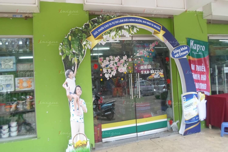 quảng cáo cổng chào siêu thị