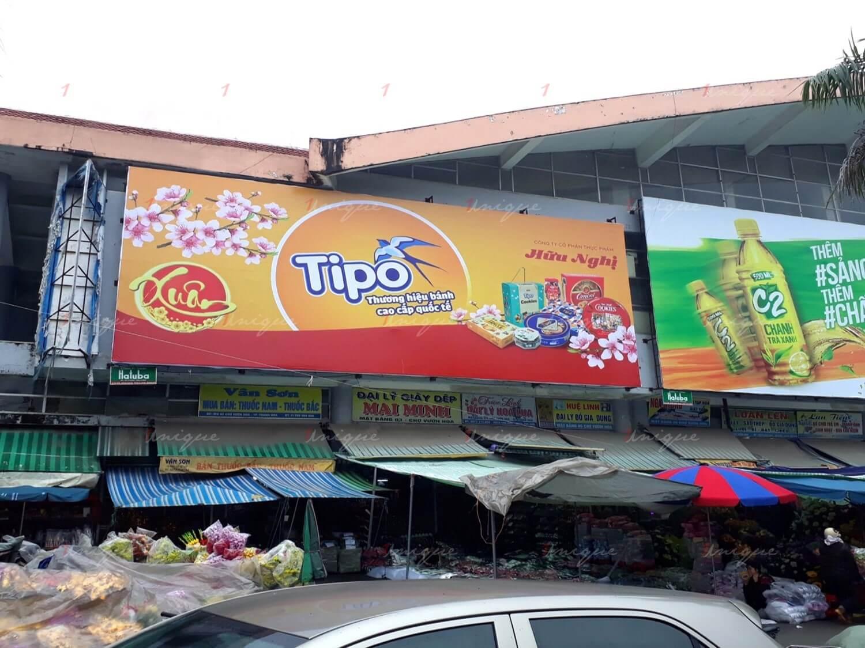 tipo quảng cáo biển chợ